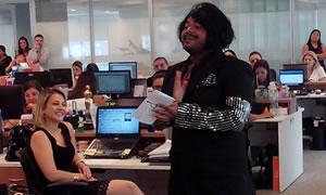 Intervenções teatrais no local de trabalho